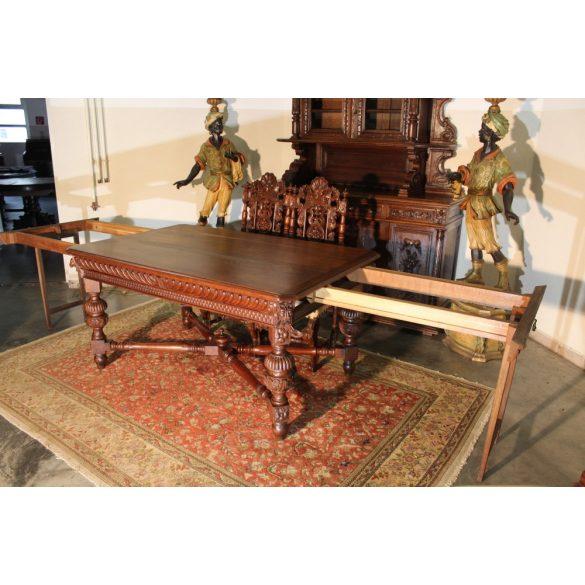 Antik ónémet,reneszánsz stílusú dúsan faragott étkezőasztal