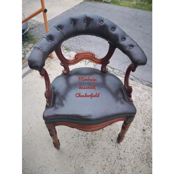 Eredeti antik bőr chesterfield karosszék (íróasztal szék)