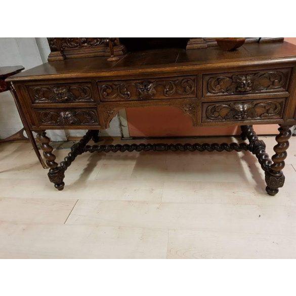 Dúsan faragott,antik,reneszánsz ,felépítményes íróasztal