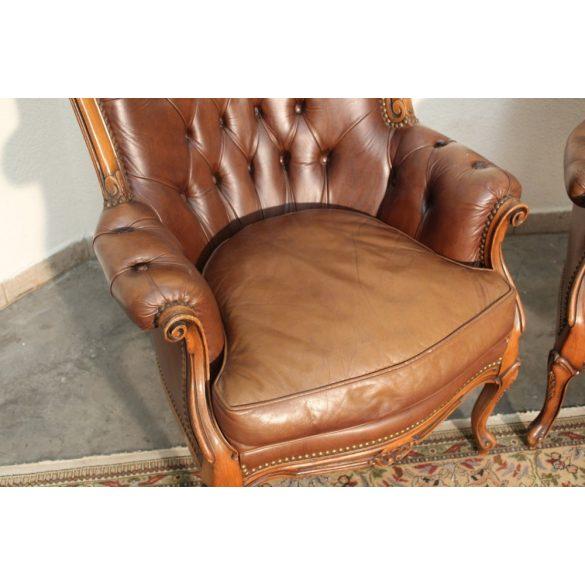 Antik barokk bőr fotelek .Ipari,industrial stílusú lakásba tökéletes választás!
