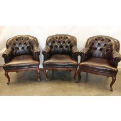 Chesterfield barokk bőr fotel.
