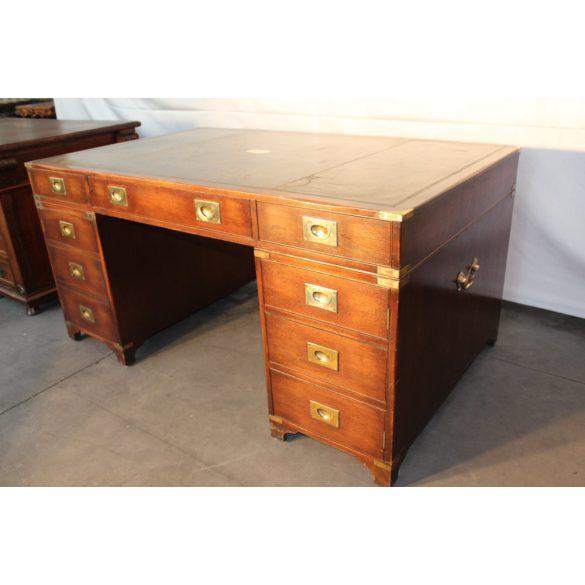 Antik Angol,bőrlapos,térbe állítható íróasztal
