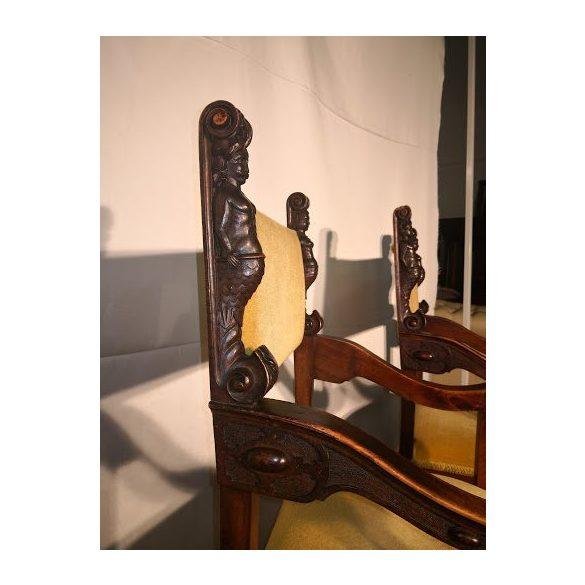 Antik viktoriánus karosszékek