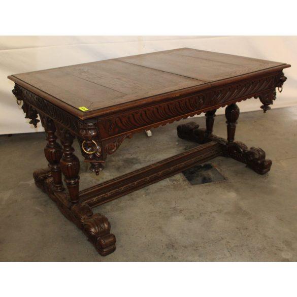 Antik dúsan faragott reneszánsz hatalmas ,bővíthető étkezőasztal