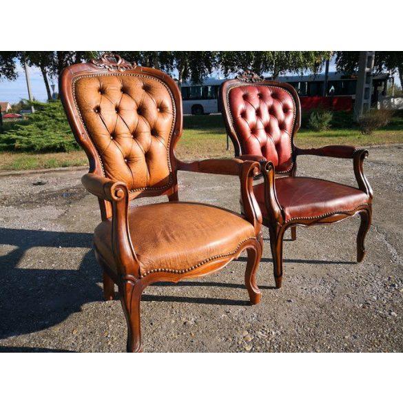 Antik neobarokk karfás bőr székek