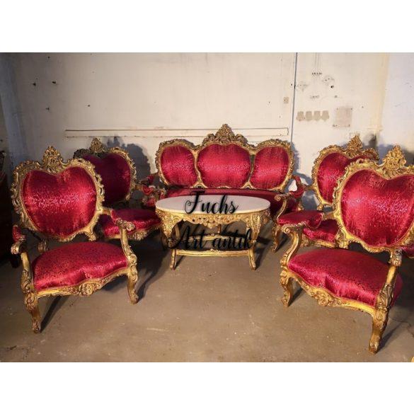 Dúsan faragott, barokk stílusú,aranyozott,királyi ülőgarnitúra