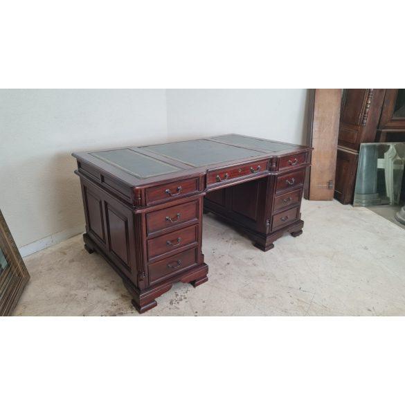 Chesterfield bőrlapos tömör mahagóni íróasztal
