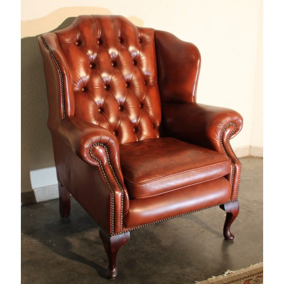 Gyönyörű antik chesterfield füles bőr fotel.