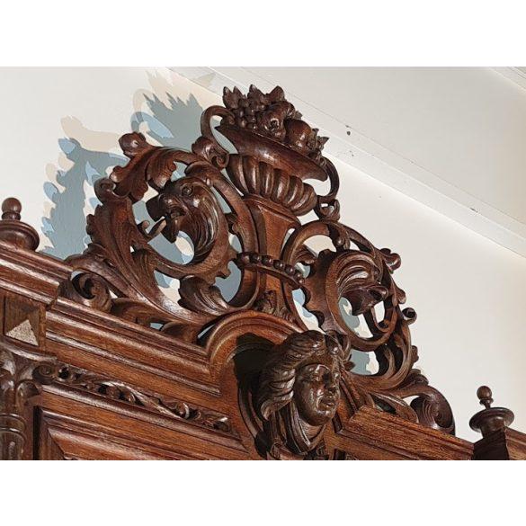 Frissen felújított hatalmas antik kastéytükör