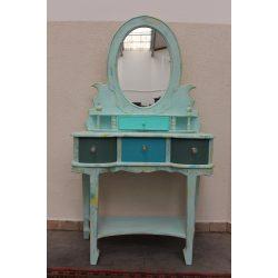 Tükrös fésülködő asztal vintage stílusban felújítva