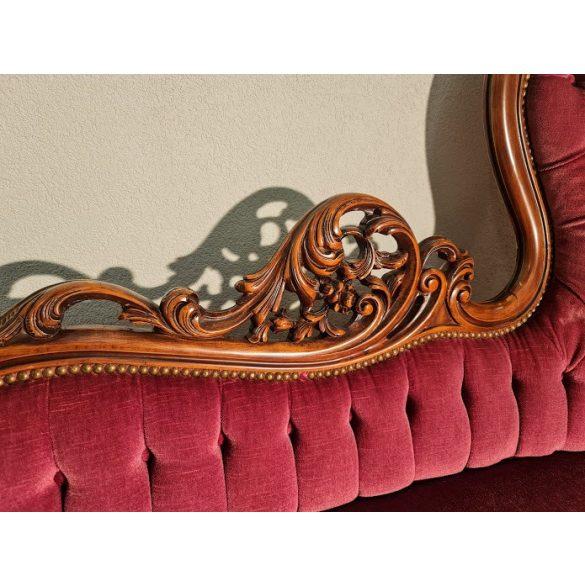 Gyönyörű antik barokk,dúsan faragott szófa
