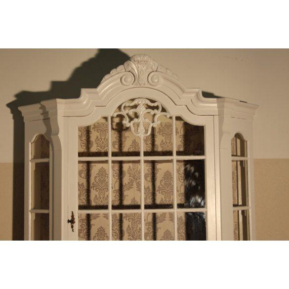 Fehérre festett neobarokk vitrin