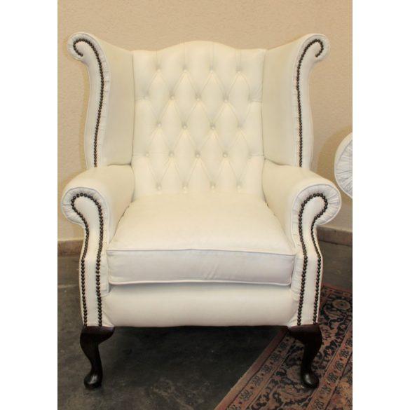 Eredeti chesterfield Quenn Anne barokk bőr fotel.