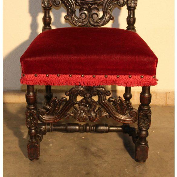 Antik, reneszánsz,dúsan faragott szék
