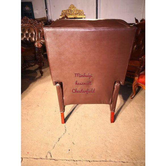 Chesterfield design füles, kényelmi funkciós bőr fotel