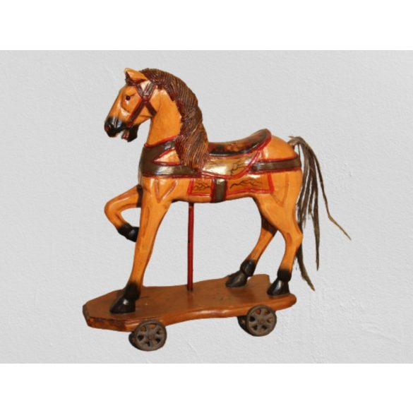Régi antik fa gurulós ló