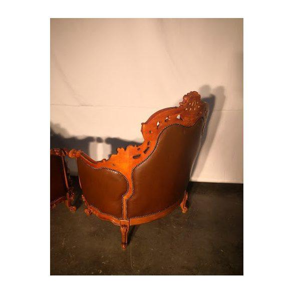 Chesterfield barokk fotelek párban