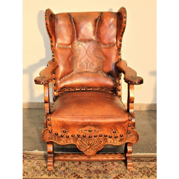 Antik,kézzel varott bőr fotelek .Ipari,industrial stílusú lakásba tökéletes választás!