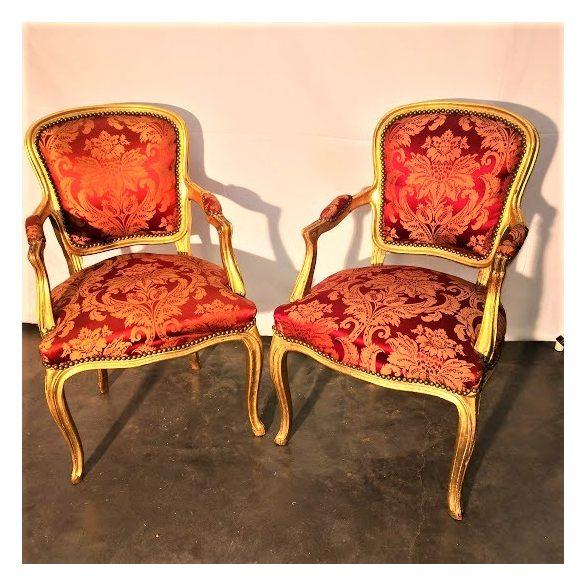 Aranyozott neobarokk karfás székek
