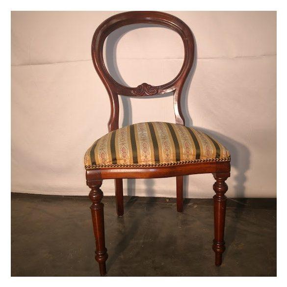 Neobarokk szék