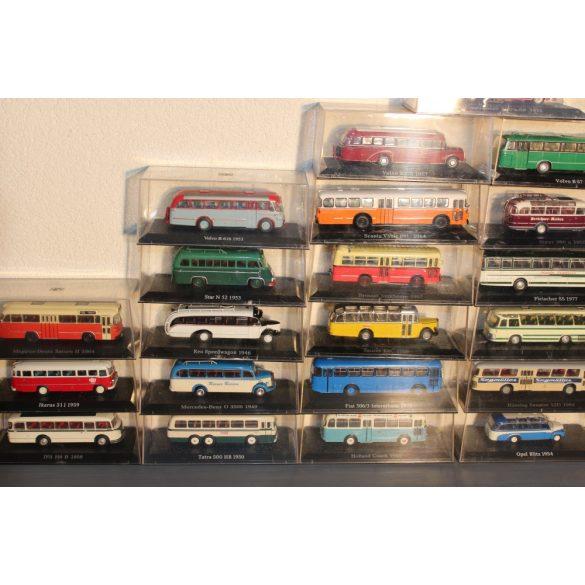 Gyüjteményből régi modell autóbuszok