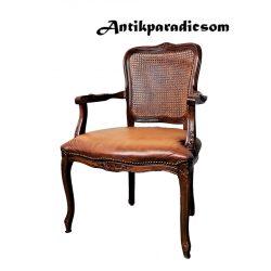 Neobarokk karfás bőr szék