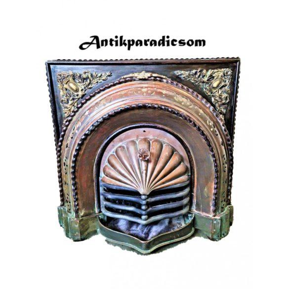 Gyönyörű antik kandalló