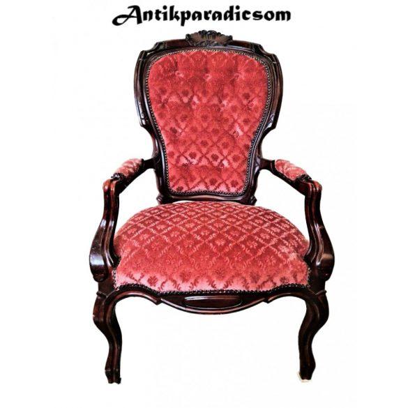 Neobarokk karfás fotel