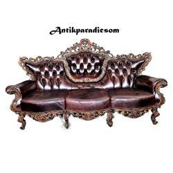 Gyönyörű áttört faragású barokk bőr kanapé