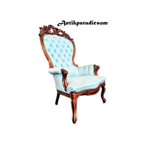 Dúsan faragott barokk fotel