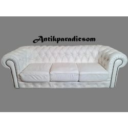 Eredeti chesterfield fehér színű bőr kanapé