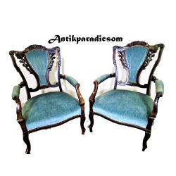 Chippendale karfás székek