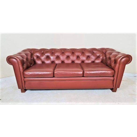 Eredeti chesterfield konyak színű bőr kanapé