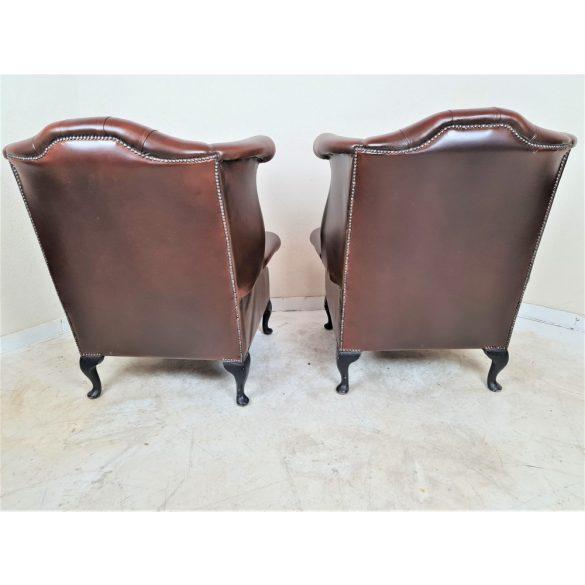 Chesterfield Queen Anne konyak színű bőr fotelek