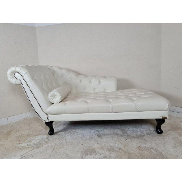 Gyönyörű chesterfield bőr kanapé, szófa