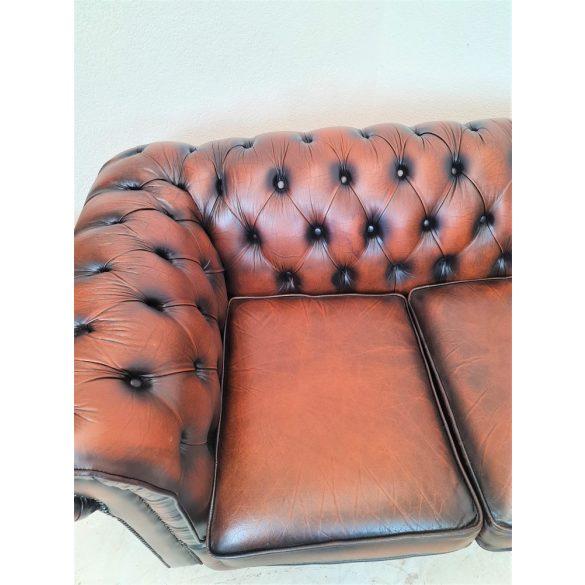 Gyönyörű chesterfield bőr ülőgarnitúra 3-2