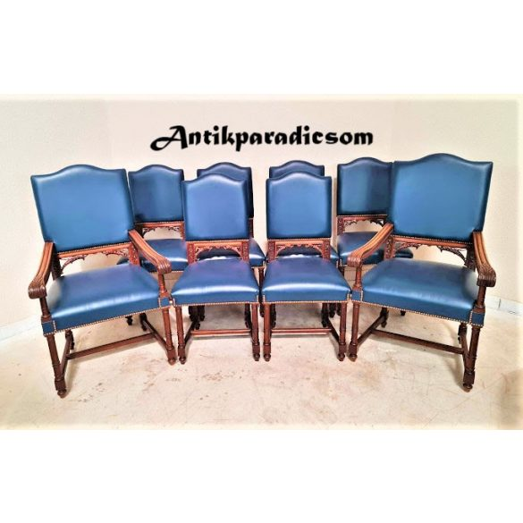 Antik, reneszánsz stílusú faragott székek