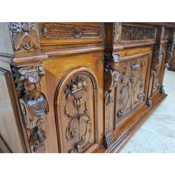Antik, Olasz reneszánsz, dúsan faragott íróasztal