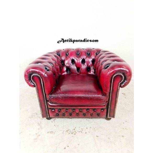 Gyönyörű eredeti chesterfield bőr fotel
