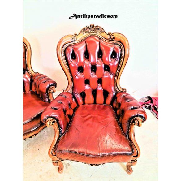 Gyönyörű barokk chesterfield bőr ülőgarnitúra