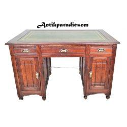 Angol bőrlapos íróasztal