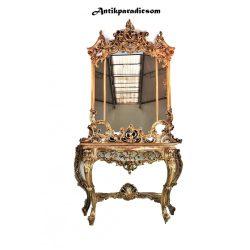 Gyönyörű Olasz aranyozott barokk konzolasztal tükörrel